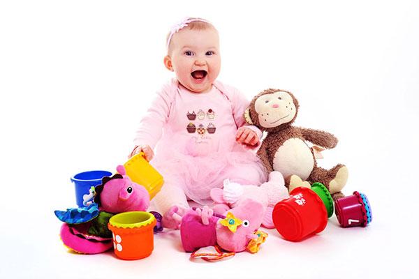 bebek oyuncakları