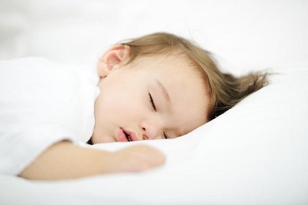bebeklerin rahat uyuması